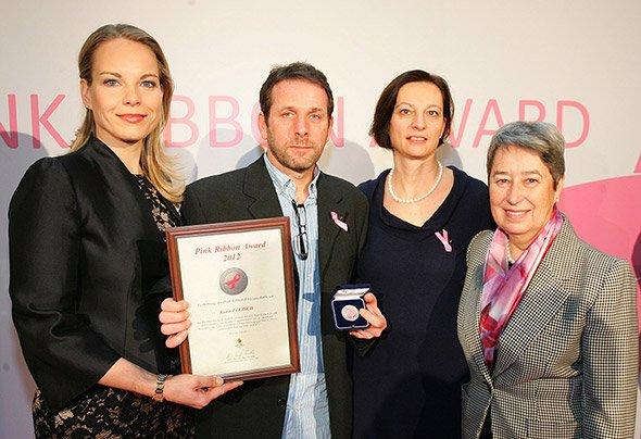 PinkRibbonAward2012 (1)