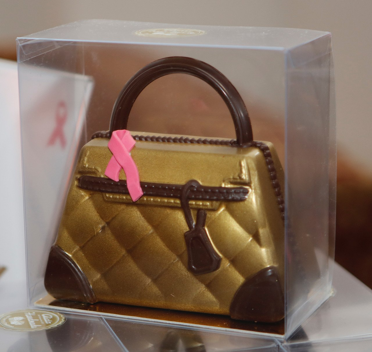aida-pink-ribbon-schoko-tasche-gold-braun_m5s7650
