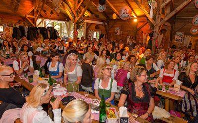 Damenwiesn_Publikum