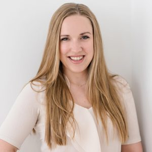 Stephanie-Neuner-Modern-QF